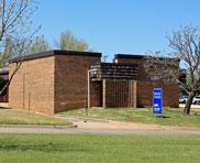 2817 Parklawn Dr - Midwest City